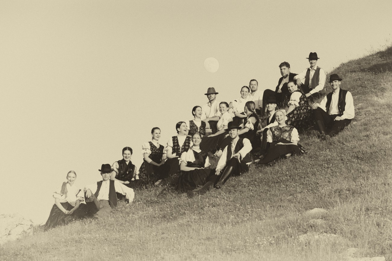 Folklórny súbor Tribeč