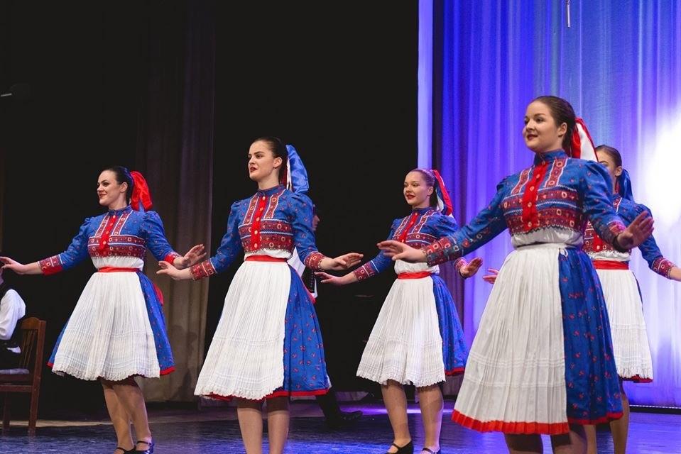 Folklórny súbor Vihorlat