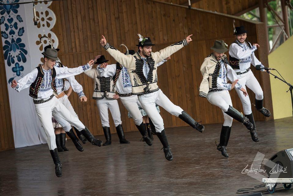 Folklórny súbor Borievka